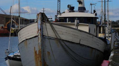 vessel, glasson main basin