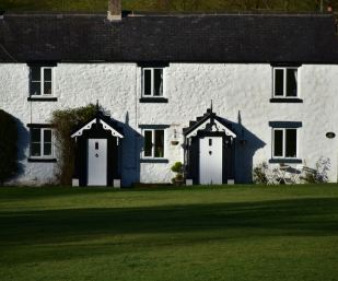 white coppice cottages